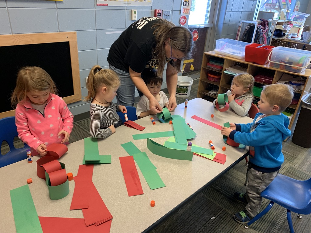 Preschool paper chains