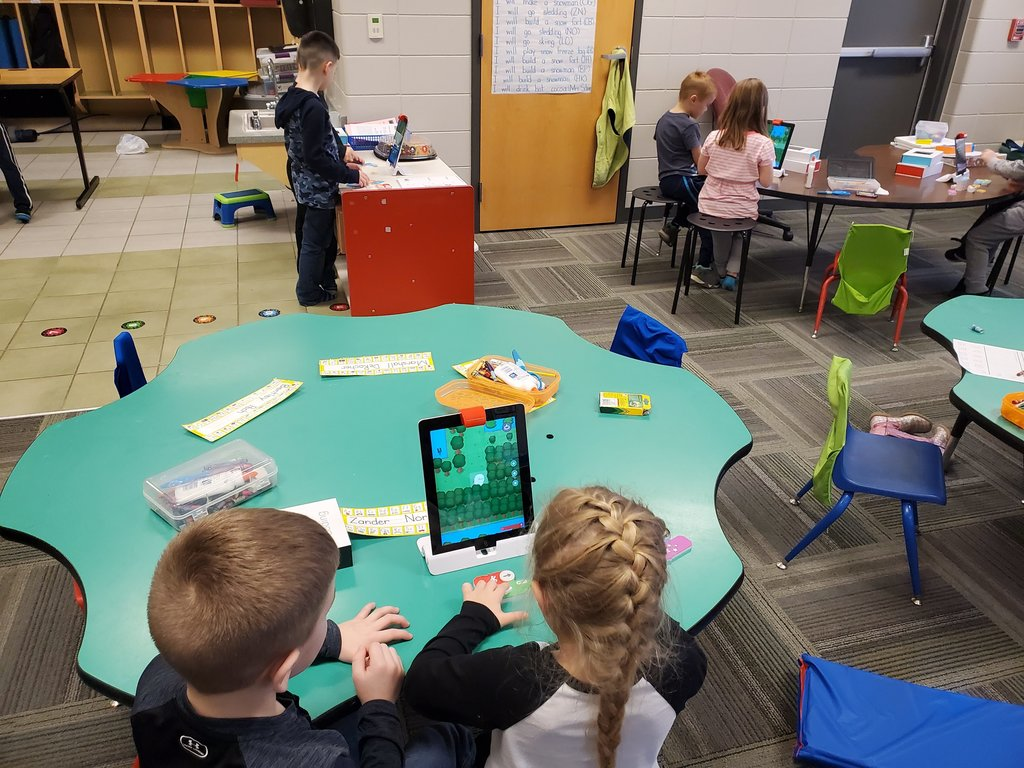 TK STEM fun with Osmo Coding.