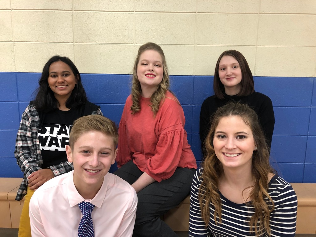 Alka Eliades, Isabella Kimbell, Jayden Woods, Chase Stabe, Hailey Rice at District Speech Contest
